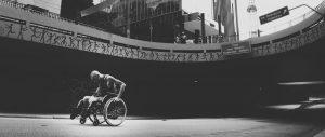 Les personnes handicapées peuvent-elles bénéficier de l'aide ?
