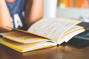 À partir de quel age peut-on toucher l'allocation rentrée scolaire ?