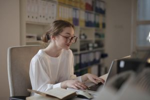 Peut-on toucher l'allocation de rentrée scolaire après 18 ans ?
