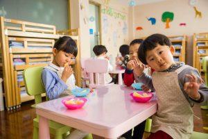 Qui a le droit à l allocation de rentrée scolaire ?